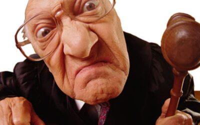 Ecco i 5 motivi per cazziare il tuo agente immobiliare e cambiarlo immediatamente se non vuoi rischiare di trovarti in tribunale a perdere una sostanziosa somma di denaro
